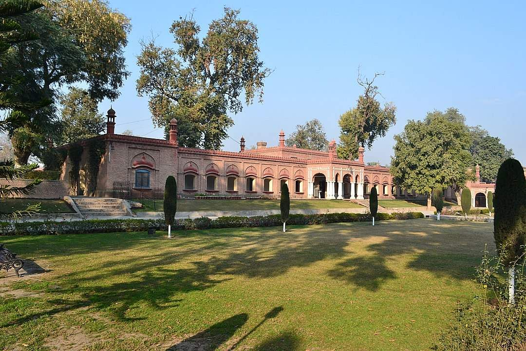 Edwardes College in Pakistan