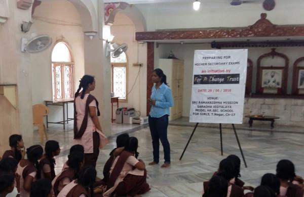Madhumitha Jayaram conducting the workshop