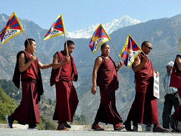 tibetan-monks-take-out-a-rally-on-the-occasion-of-the-57th-tibetan-national-uprising-day-in-dharamsala-1457683428519