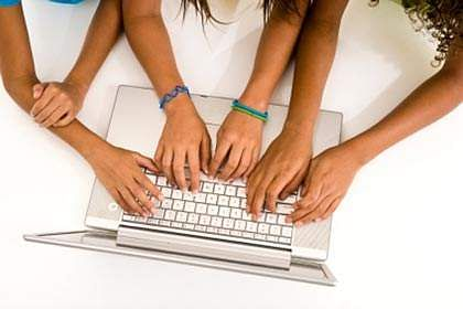 girls-and-technology