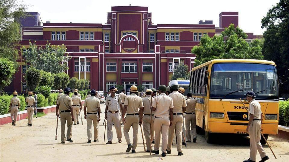 class-in-student-murdered-in-gurugram-school_8cea7192-9498-11e7-afc5-62fc49bb3ae4