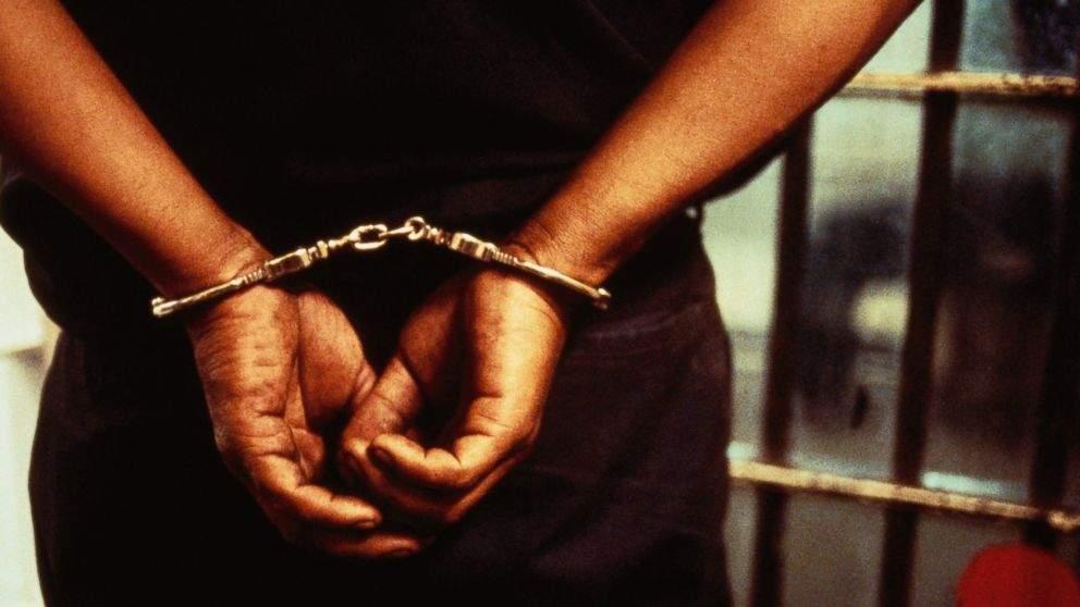 arrested3