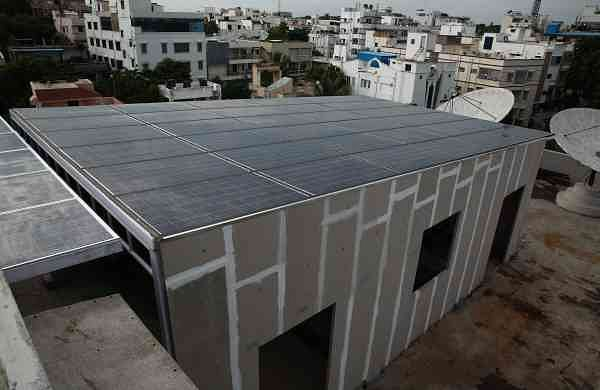 Atum, the integrated solar roofing panel