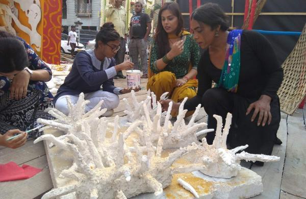 Kolkata Durga Puja news update