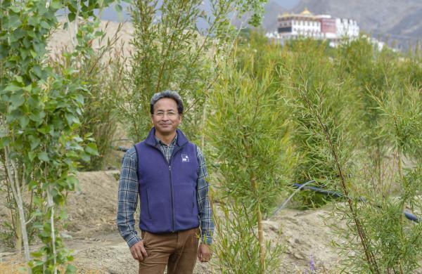 Sonam Wangchuk, the real life Phunsuk Wangdu