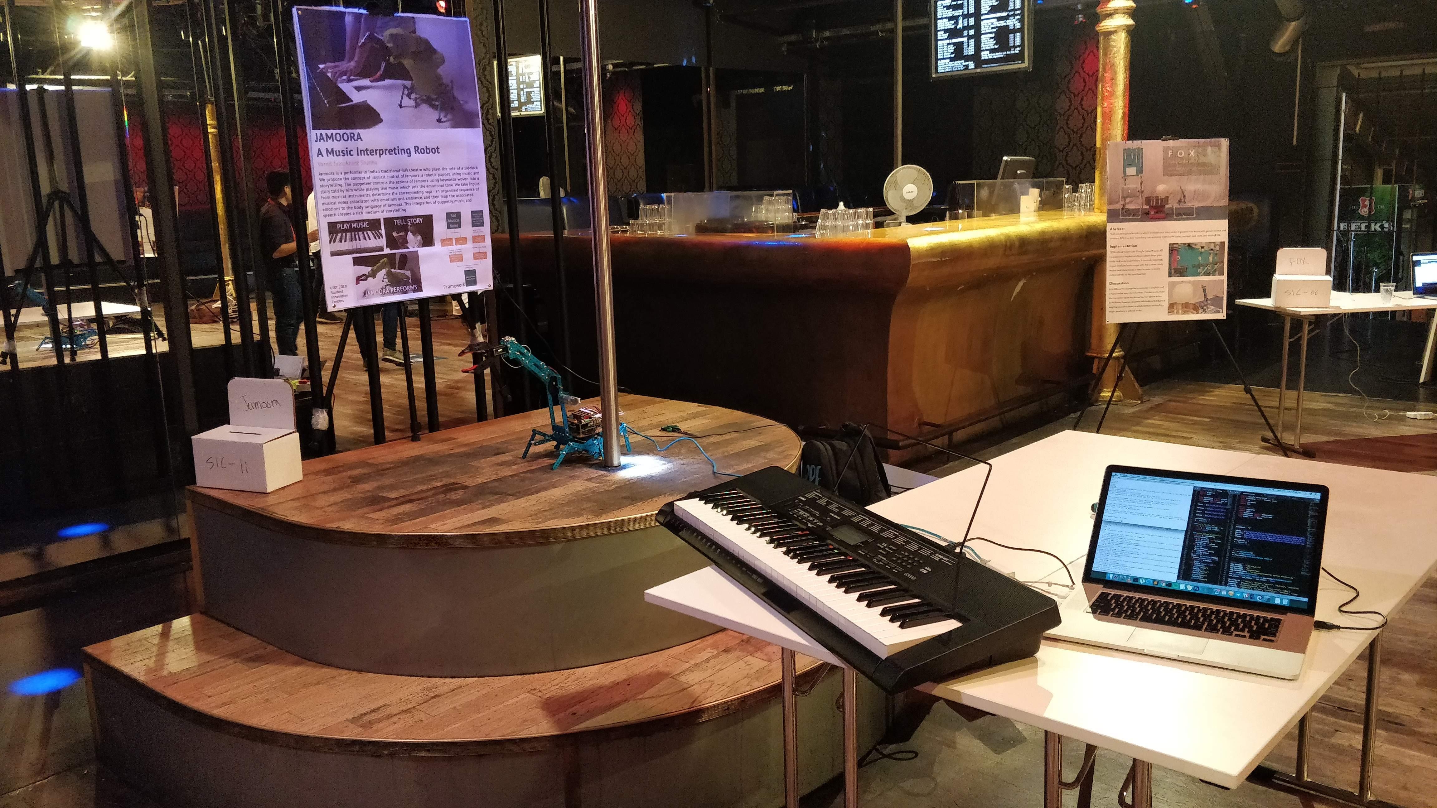 Jamoora_A_Music_Interpreting_Robot