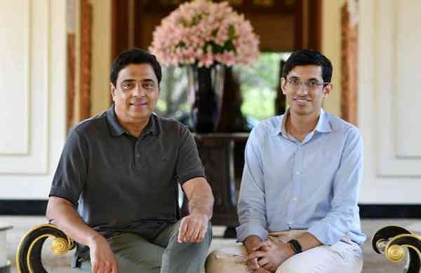 Co-founders of UpGrad, Mayank Kumar andRonnieScrewvala
