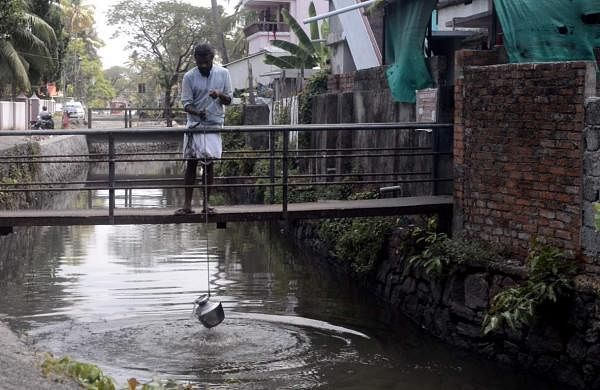 Vipin travelled across the path of the canals within Fort Kochi and Mattancherry
