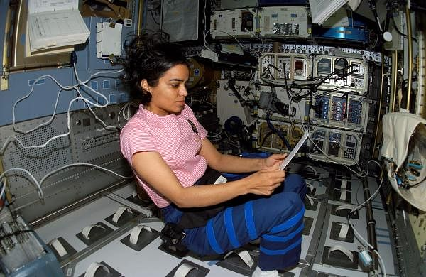 Kalpana_workingSTS-107