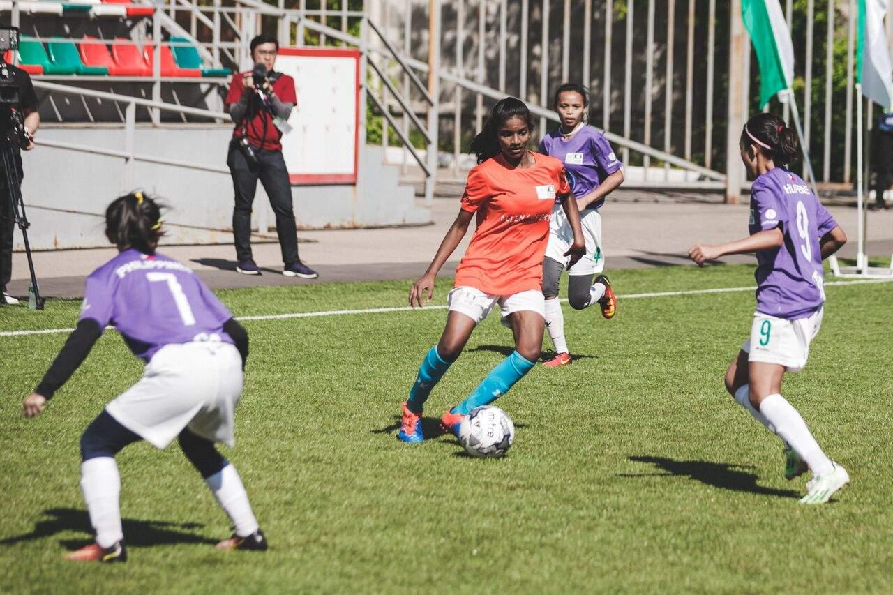 New Year, Same Goal for Monrovia Girls Soccer - Monrovia