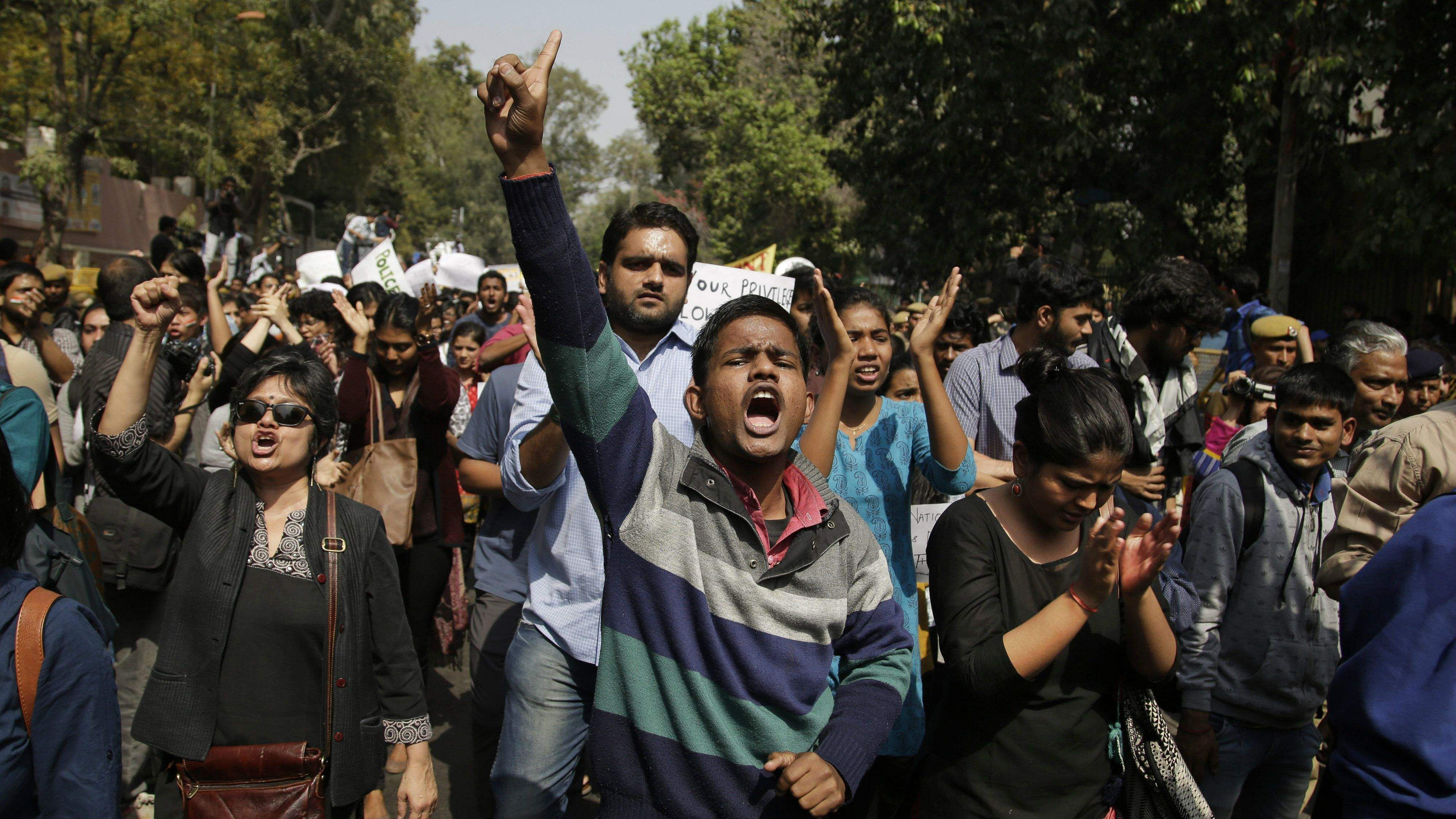 indian-students-protesting