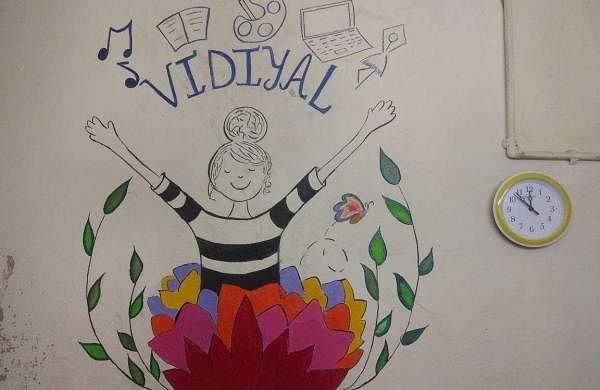 Vidiyal is a community centre that teaches academics, arts  and help students  initiate conversations about alcoholism