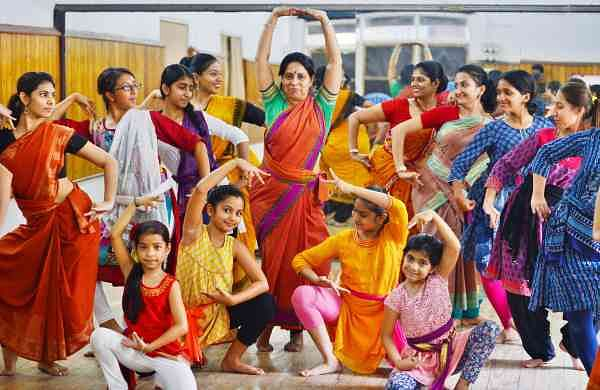 Devjani started with Bharatanatyam, Kathak and Manipuri when she was in class IV and later went on to learn Odissi