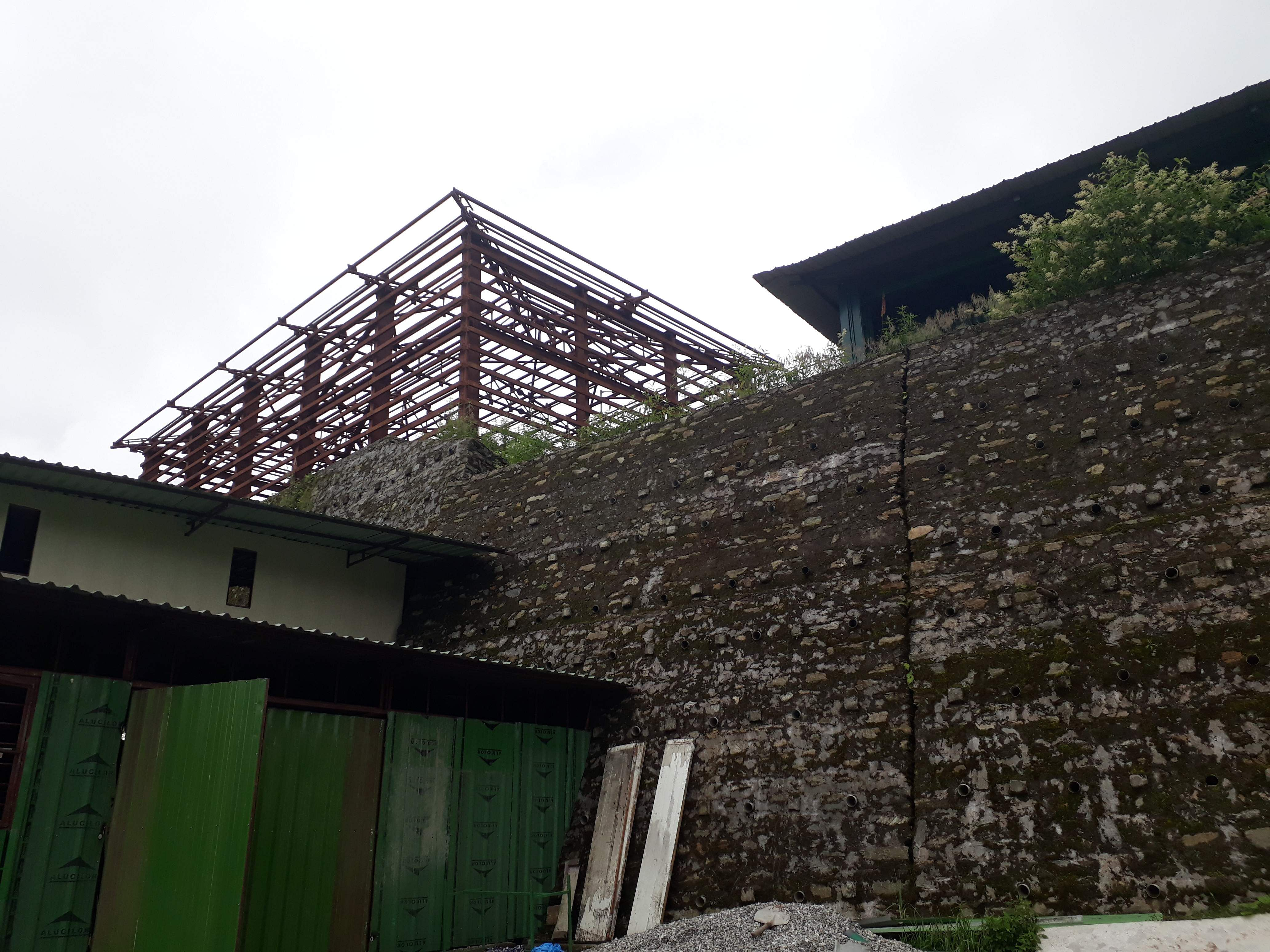 unfinished_construction_from_last_1_year