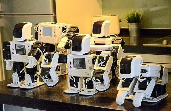 Robots reading books with Children