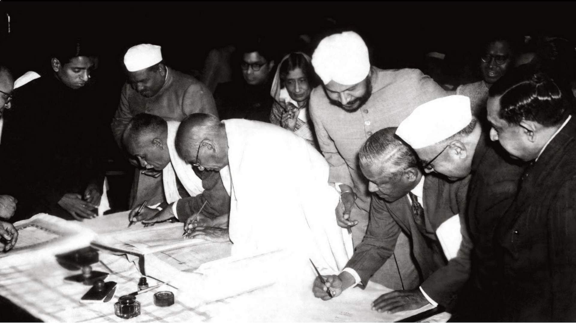 The-signing-of-the-Constitution-of-India