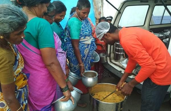 No_Food_Waste_Feeding_the_Needy_(6)1