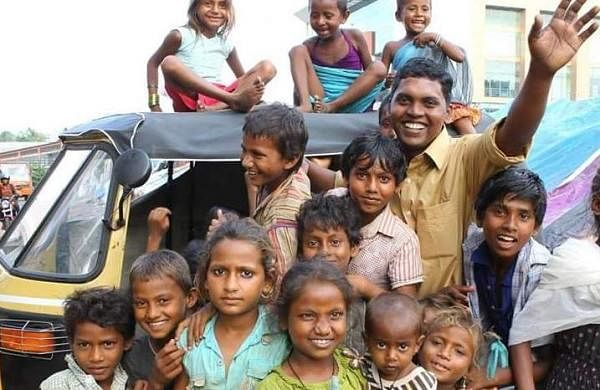 Theruvoram is a rescue organisation which works for people of all ages who live on the streets