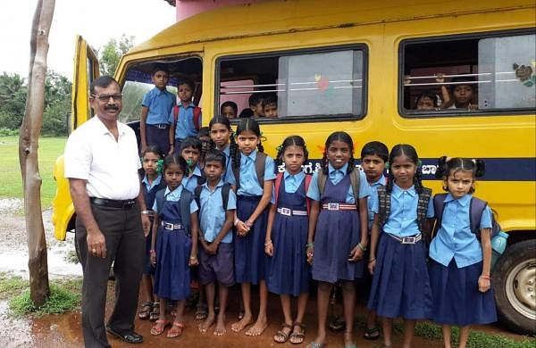 The tempo traveller was donated to this school by Vijaynath Hegde who is an alumni of Government Higher Primary School in Barali (Pic: Rajaram)