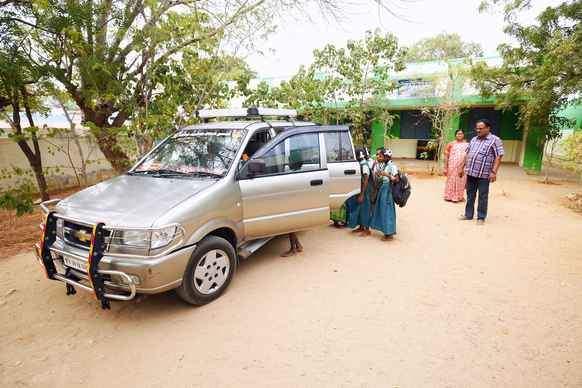 Karur school Cab Service
