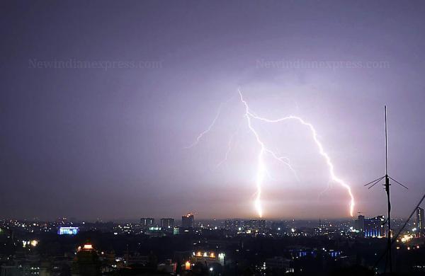 lightning alert app