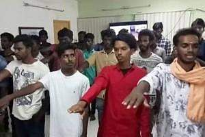 chennai-bus-route-thala-students-took-oath-in-front-of-police-thum