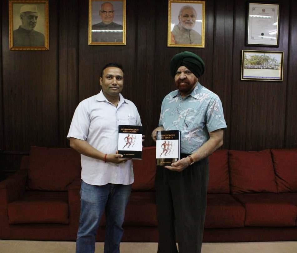 with_VC_of_Pondicherry_univ_Gurmeet_Singh