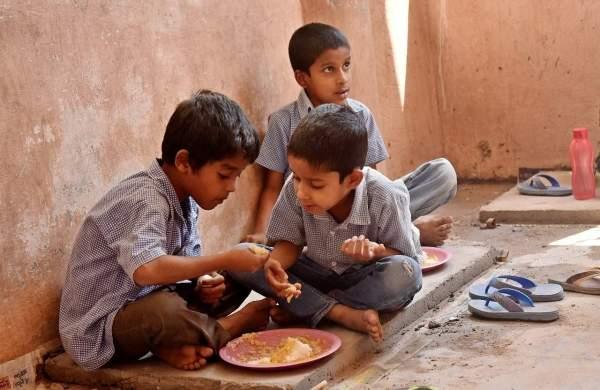 Karnataka mid day meal