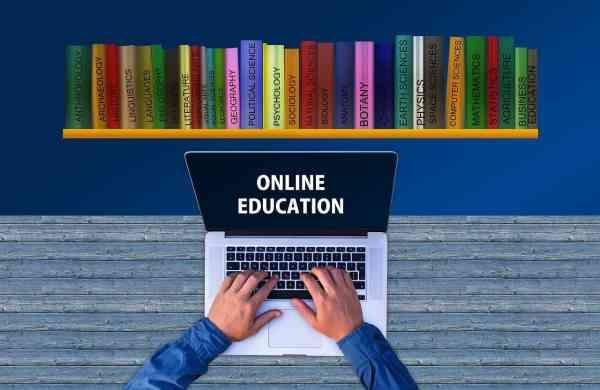 teaching-5612761_1280
