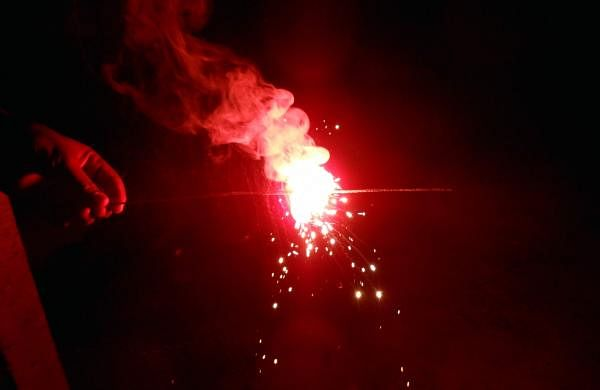 Firecracker_with_red_sparkles