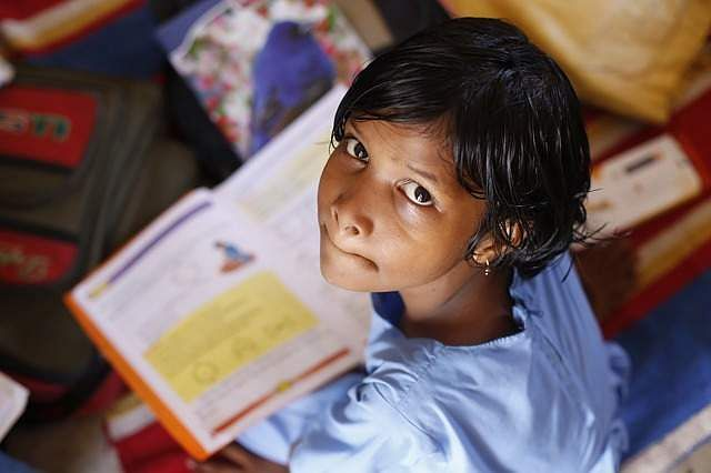 india-girl-child-school-reading-book-education-pixabay