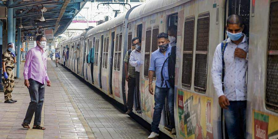 Mumbai_Local_PTcI