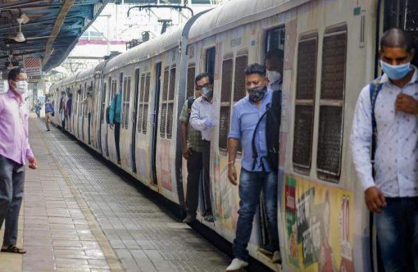 Mumbai_Local_PTcI
