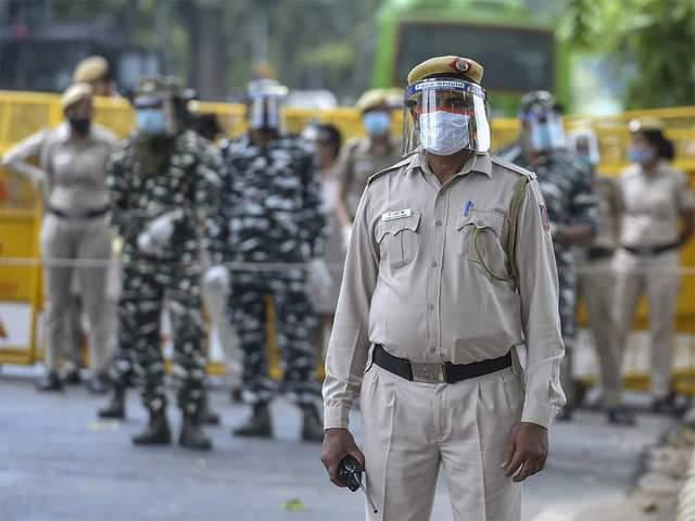 Delhi Traffic Police at farmers' protest