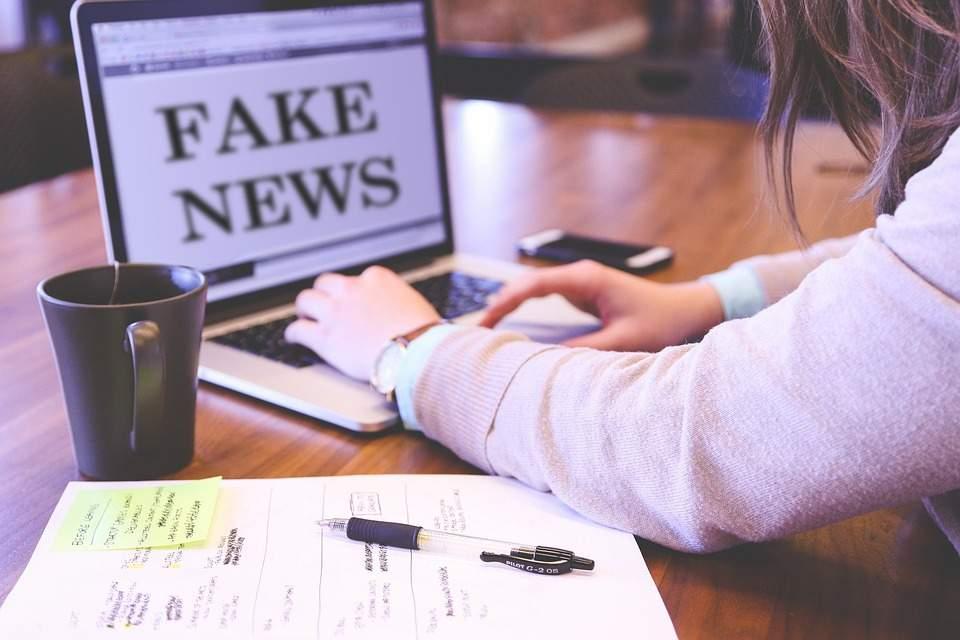 fake-news-4881488_960_720