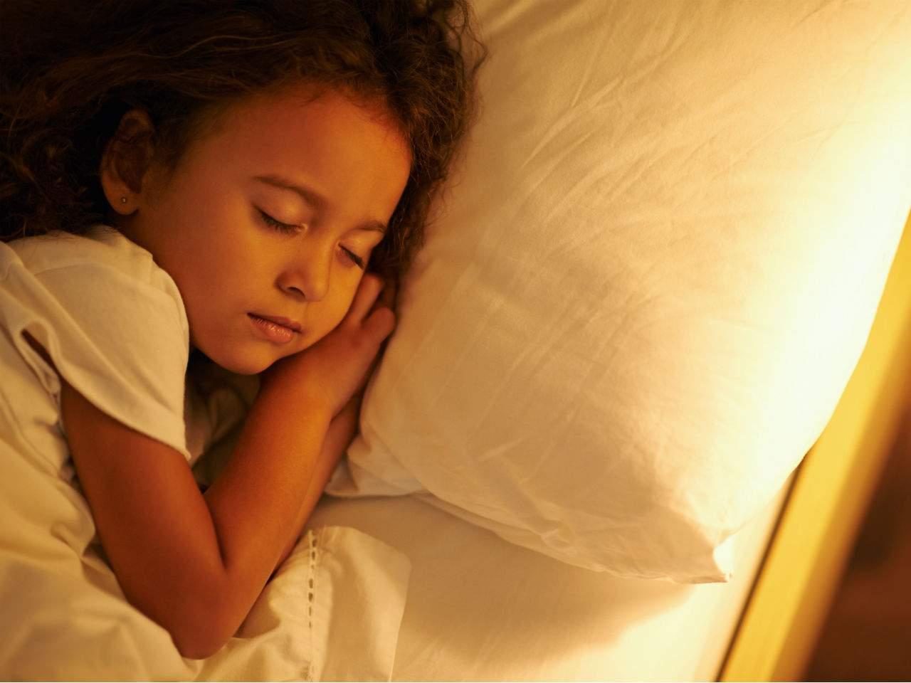 6-ways-to-help-your-child-get-a-good-nights-sleep-960x1280