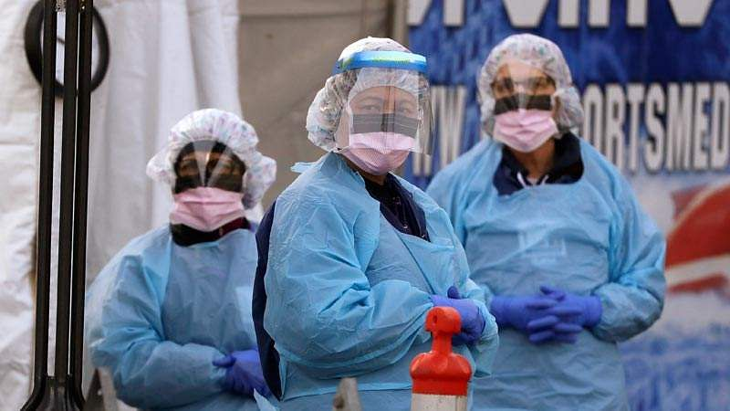 ap_200406_seattle_health_workers_doctors_ppe_coronavirus_800x450