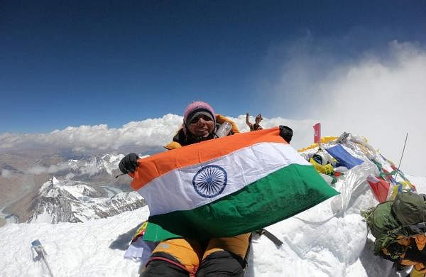 Bhawna_Dehariya_Mount_Everest_Summit_Photo