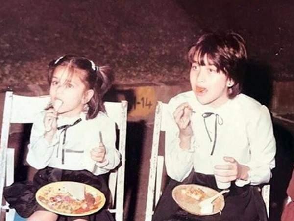 Kareena-Karisma-childhood