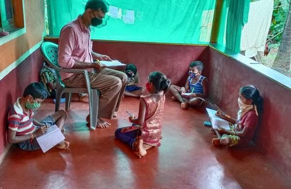 Classes held for children who don't have access to phones and television (Pics: Govinda Nayak)