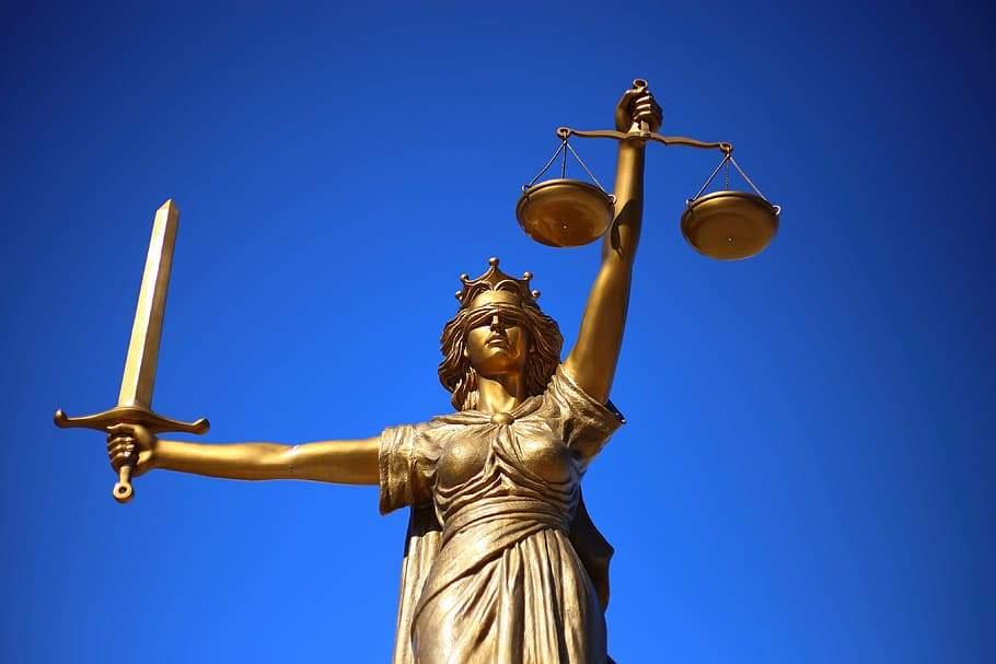 justice-statue-lady-justice-greek-mythology