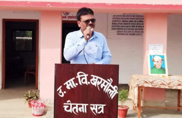 Sahani addressing his students at assembly (Pic: Sant Kumar Sahani)