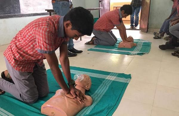 Basic_Life_Support_Training-CPR_03