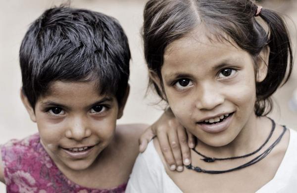 (2)_Children_of_India_(c)