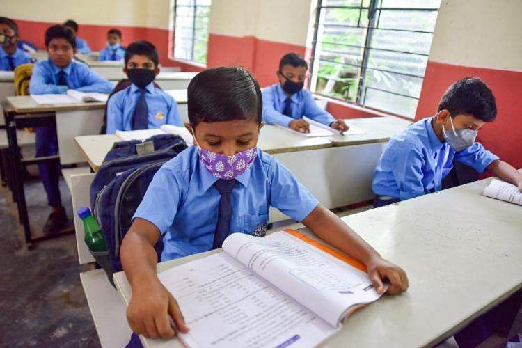 School_Rep_BoysinMasks_271120_1200_PTI