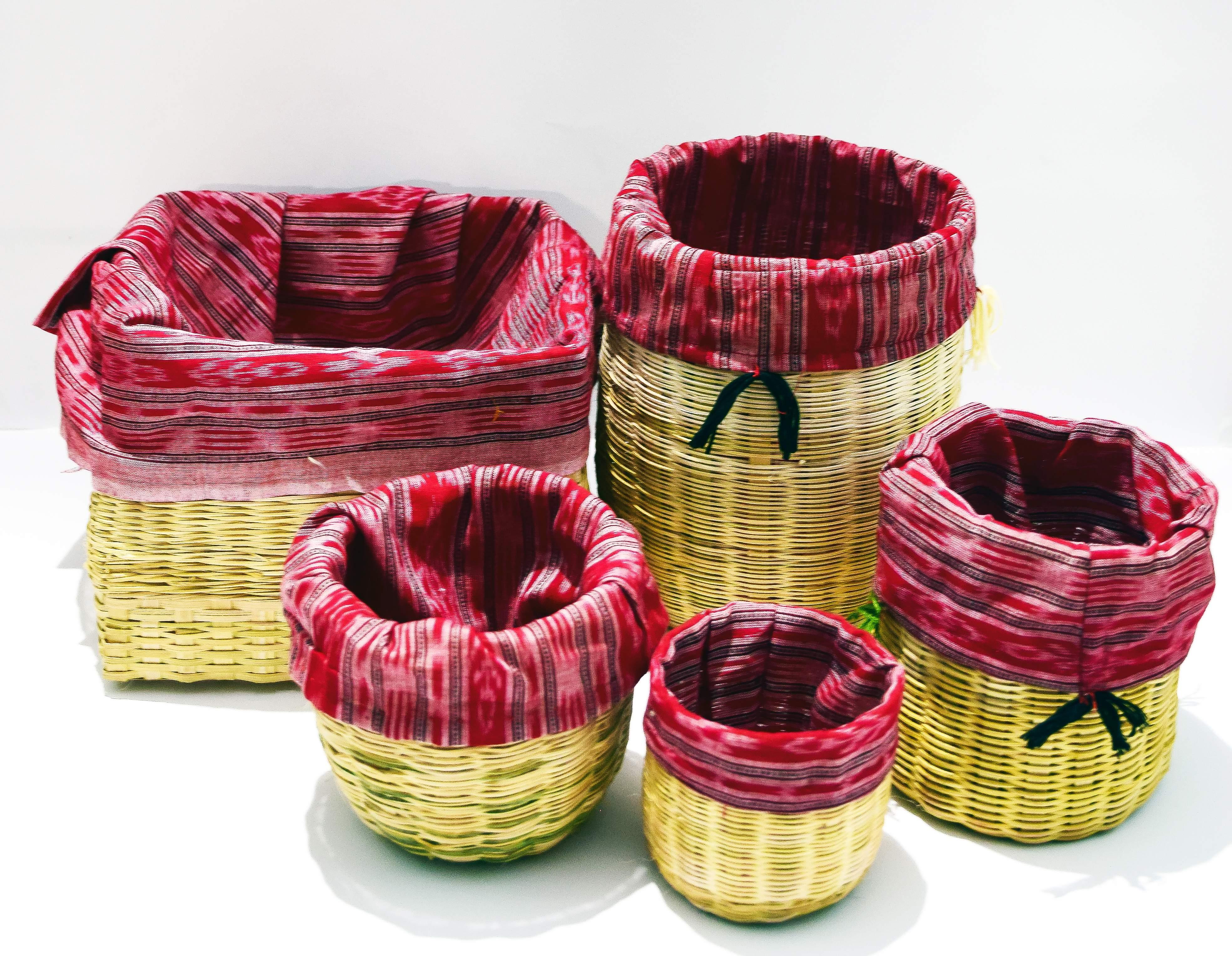Bamboo_storage_basket_set_Stiched_with_Sambalpuri_Handloom