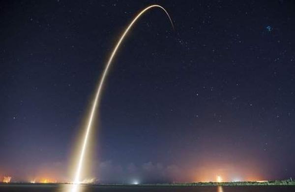 rocket-launch-693215__340