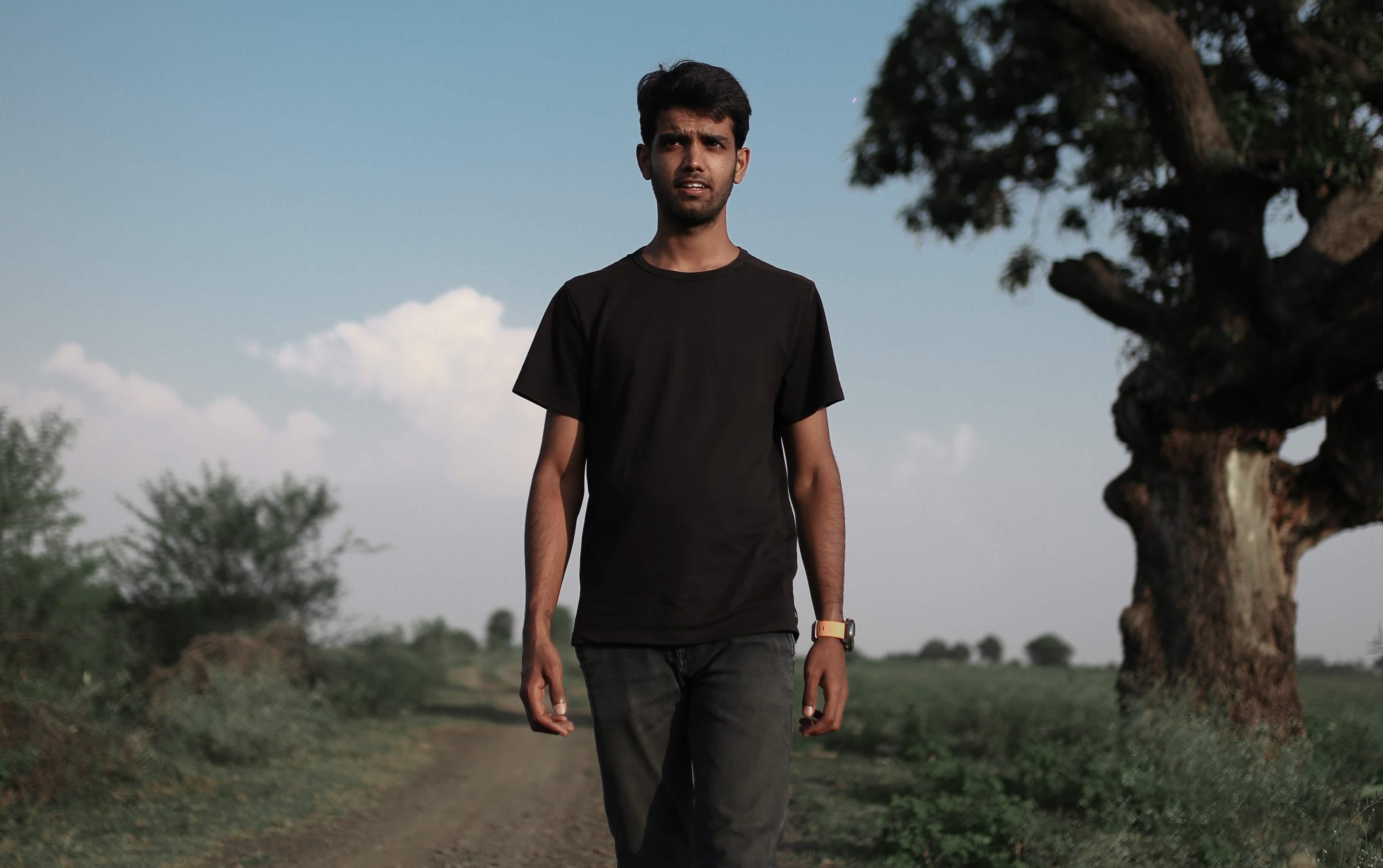 Aakash-Ranison-Traveller-Photographer-Workshop-Blogger-Instagram-Indore2_(1)