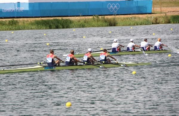 Rowing_at_the_2012_Summer_Olympics_9240_Mens_lightweight_coxless_four_-_Heat_2_-_GBR_CZE