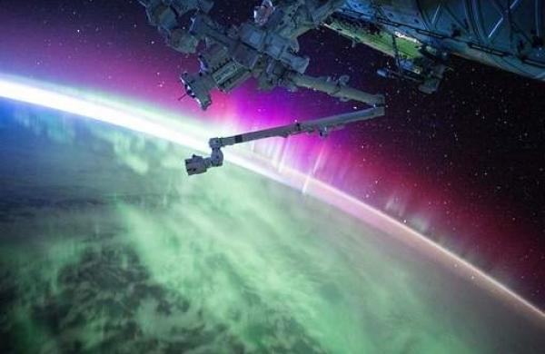 satellite-1030780__340